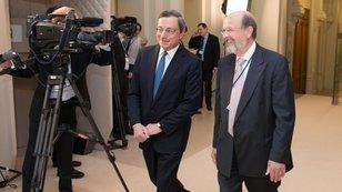Dlu�n�ci se raduj�, ECB se ale nemus� poda�it odvr�tit opakov�n� japonsk�ho sc�n��e