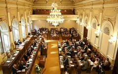 Poslanci se po volbách poprvé sejdou, Sobotkova vláda skončí