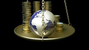 Zlato je levné. Ale má vůbec jako investice smysl?
