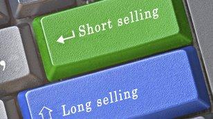 10 akcií, které jsou aktuálně nejvíce v hledáčku spekulantů na pokles
