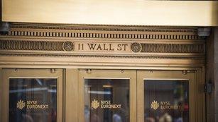 13 akciových tipů od analytických es z Wall Street