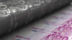 Tištění peněz: Proč to dopadne špatně? Jde o velký podvod na těch, kdo si spoří