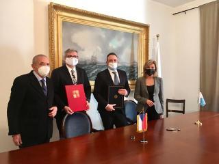 podepsání Smlouvy mezi ČR a RSM