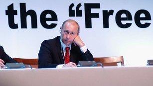 Zbraň hromadného ničení v Putinových rukou: Zavede Rusko zlatý standard, aby zabránilo pádu rublu?